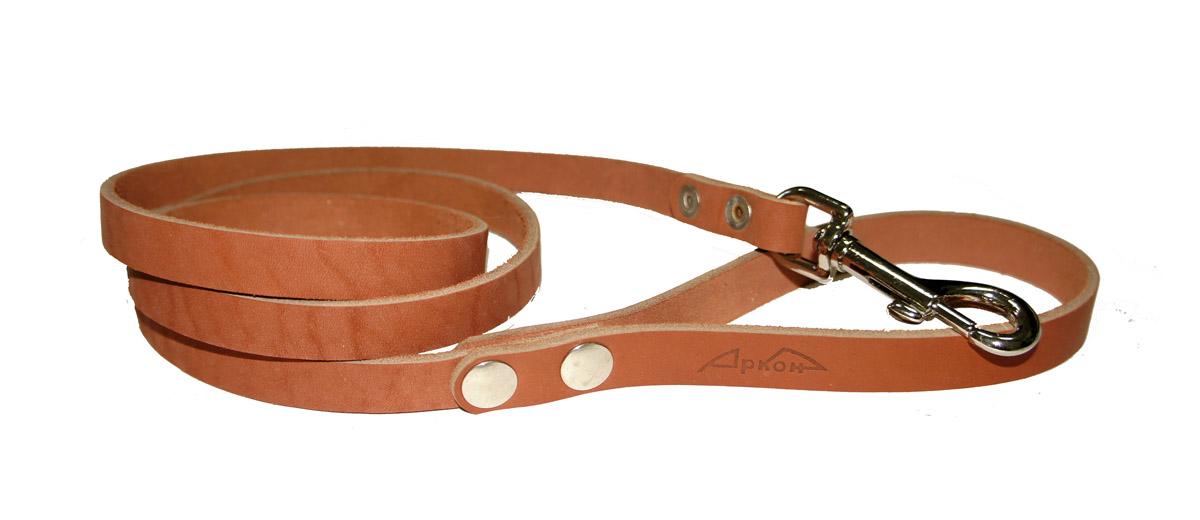 Поводок для собак Аркон Стандарт, цвет: коньячный, ширина 1,4 см, длина 140 смп14кПоводок для собак Аркон Стандарт изготовлен из высококачественной натуральной кожи. Карабин выполнен из легкого сверхпрочного сплава. Изделие отличается не только исключительной надежностью и удобством, но и привлекательным современным дизайном. Поводок - необходимый аксессуар для собаки. Ведь в опасных ситуациях именно он способен спасти жизнь вашему любимому питомцу. Иногда нужно ограничивать свободу своего четвероногого друга, чтобы защитить его или себя от неприятностей на прогулке. Длина поводка: 140 см. Ширина поводка: 1,4 см.
