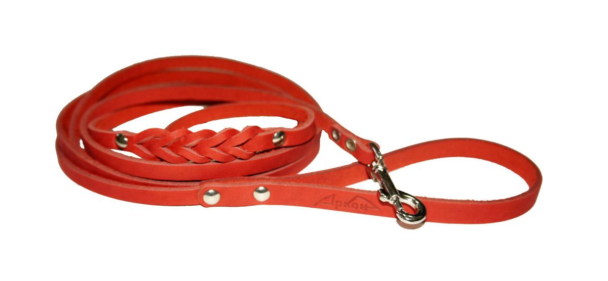 Поводок для собак Аркон Стандарт, цвет: красный, ширина 0,8 см, длина 250 смп8дкрПоводок для собак Аркон Стандарт изготовлен из высококачественной натуральной кожи и украшен декором в виде плетения. Карабин выполнен из легкого сверхпрочного сплава. Изделие отличается не только исключительной надежностью и удобством, но и привлекательным современным дизайном. Поводок - необходимый аксессуар для собаки. Ведь в опасных ситуациях именно он способен спасти жизнь вашему любимому питомцу. Иногда нужно ограничивать свободу своего четвероногого друга, чтобы защитить его или себя от неприятностей на прогулке. Длина поводка: 250 см. Ширина поводка: 0,8 см.