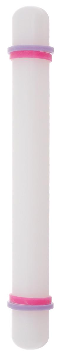 Скалка для мастики Wilton, с кольцами, цвет: белый, длина 22,8 смWLT-1907-1205Скалка Wilton изготовлена из пластика и используется для раскатывания мастики или теста. В набор входят две пары дополнительных колец для раскатывания равномерного пласта необходимой толщины. Длина скалки: 22,8 см. Диаметр скалки: 2,5 см. Толщина колец: 1,6 мм, 3,1 мм.