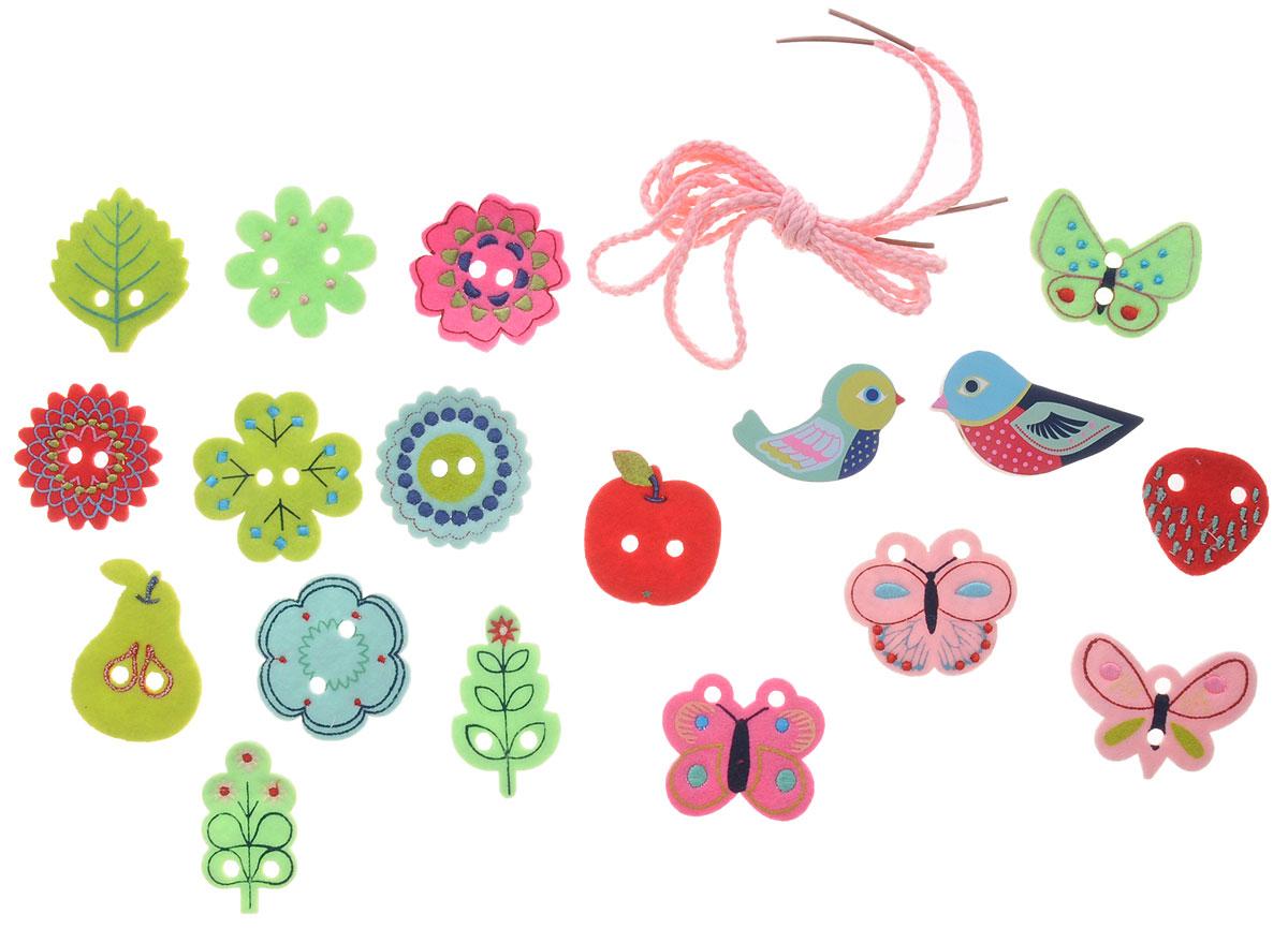 Djeco Игра-шнуровка Бусы Птички06170Игра-шнуровка Djeco Бусы. Птички - превосходный игровой набор, который будет замечательно развивать мелкую моторику детских пальчиков. В набор входит 2 прочных шнурочка нежно-розового цвета, а также 18 различных фигурок с отверстиями в виде цветов, фруктов, бабочек и птичек. Малыш должен расположить все фигурки на шнурке, аккуратно вдевая его в отверстия. Игра со шнуровками превосходно развивает логику, сообразительность и мелкую моторику ребенка.