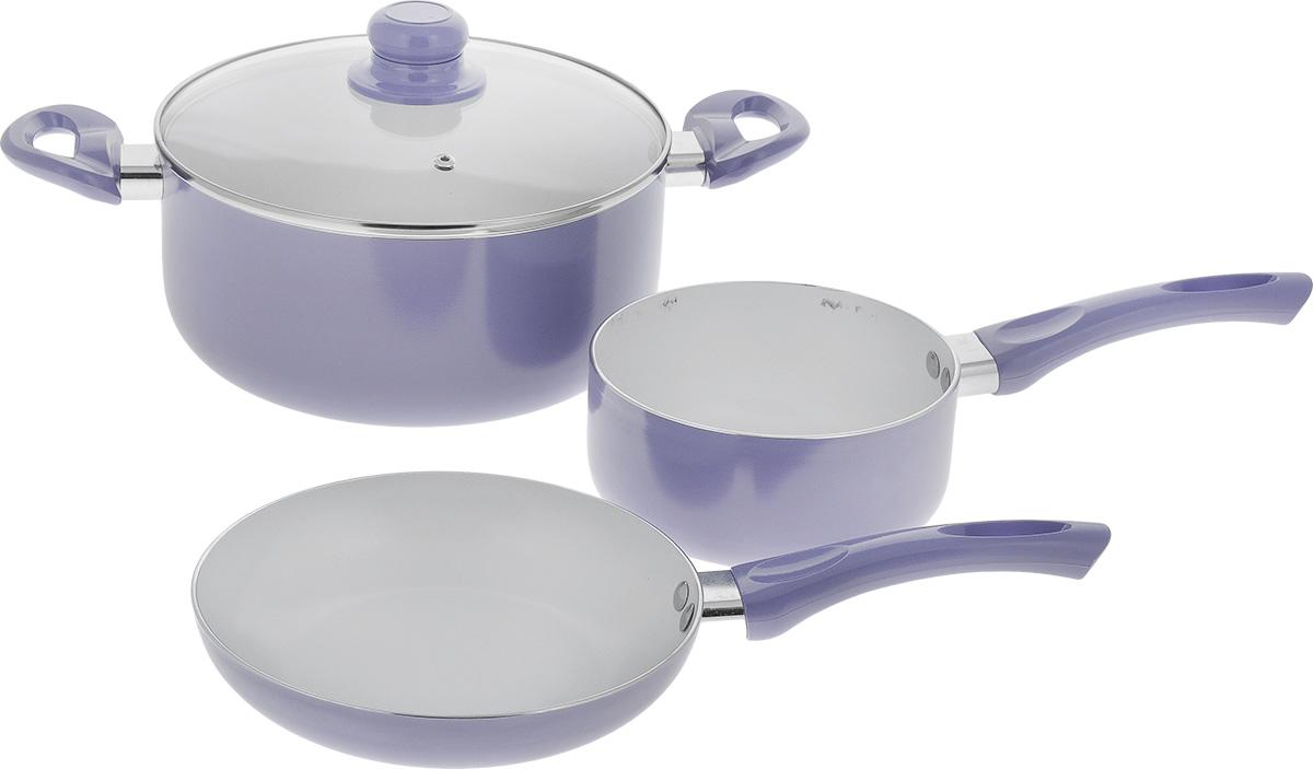 Набор посуды Calve, с керамическим покрытием, цвет: фиолетовый, 4 предметаCL-1923_ фиолетовыйНабор посуды Calve включает сотейник, сковороду и кастрюлю с крышкой. Набор выполнен из высококачественного алюминия с внутренним керамическим покрытием. Данное покрытие не содержит примеси PFOA, экологично и безопасно для здоровья. Высокая прочность покрытия позволяет ему выдерживать температуру до 450°С, также можно использовать металлические лопатки - покрытие устойчиво к появлению царапин и повреждениям. Внешнее цветное покрытие выдерживает высокие температуры. Посуда снабжена бакелитовыми не нагревающимися ручками удобной формы. Посуда равномерно нагревается и доводит блюда до готовности. Крышка изготовлена из жаропрочного стекла. Посуда подходит для всех типов плит, кроме индукционных. Можно мыть в посудомоечной машине. Диаметр сотейника: 16 см. Объем сотейника: 1,5 л. Высота стенки сотейника: 7,5 см. Длина ручки сотейника: 17 см. Диаметр сковороды: 20 см. Высота стенки сковороды: 4 см. Длина ручки...