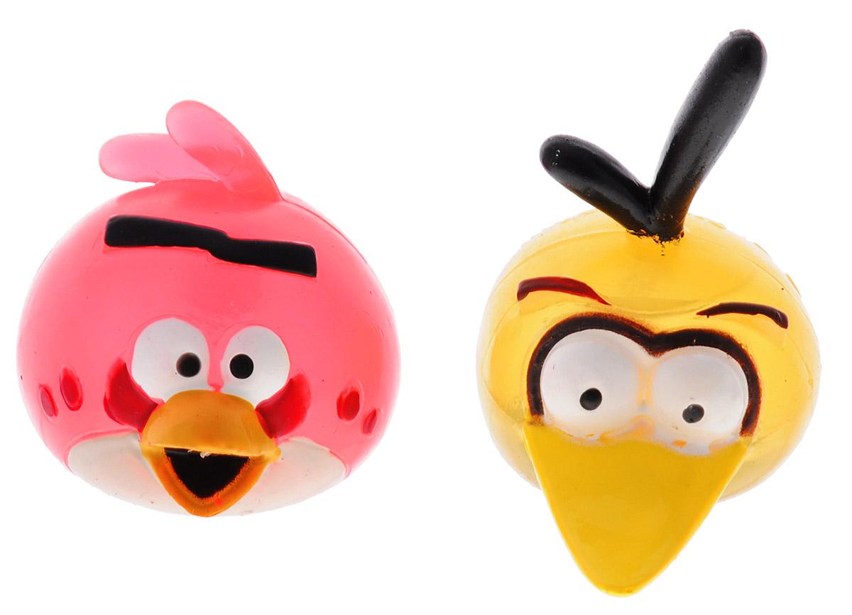 Angry Birds Игрушка-мялка цвет красный желтый 2 шт50281-0000012-04_ красный, желтыйИгрушка-мялка Angry Birds - это антистрессовая игрушка-мялка, выполненная в виде персонажа всеми любимой игры Angry Birds. Игрушка сделана из мягкой резины, внутри которой находится жидкий наполнитель, благодаря чему она легко изменяет форму и структуру при приложении к ней физической силы, а затем принимает первоначальный вид. В набор входят 2 птички-мялки.