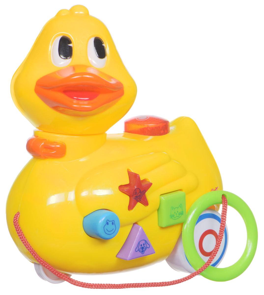 Mommy Love Игрушка-каталка Утенок211B_утенокИгрушка-каталка Mommy Love Утенок обязательно понравится вашему малышу. Изделие выполнено из высококачественного пластика, экологически безопасного для ребенка, использованные красители не токсичны. Игрушка яркая, разноцветная, она обязательно заинтересует ребенка. Снабжена световыми и звуковыми эффектами. Такая игрушка будет подталкивать ребенка больше ходить, развивает мелкую моторику, координацию движений, а также цветовое и звуковое восприятие. Рекомендуется докупить 2 батарейки типа АА (товар комплектуется демонстрационными).