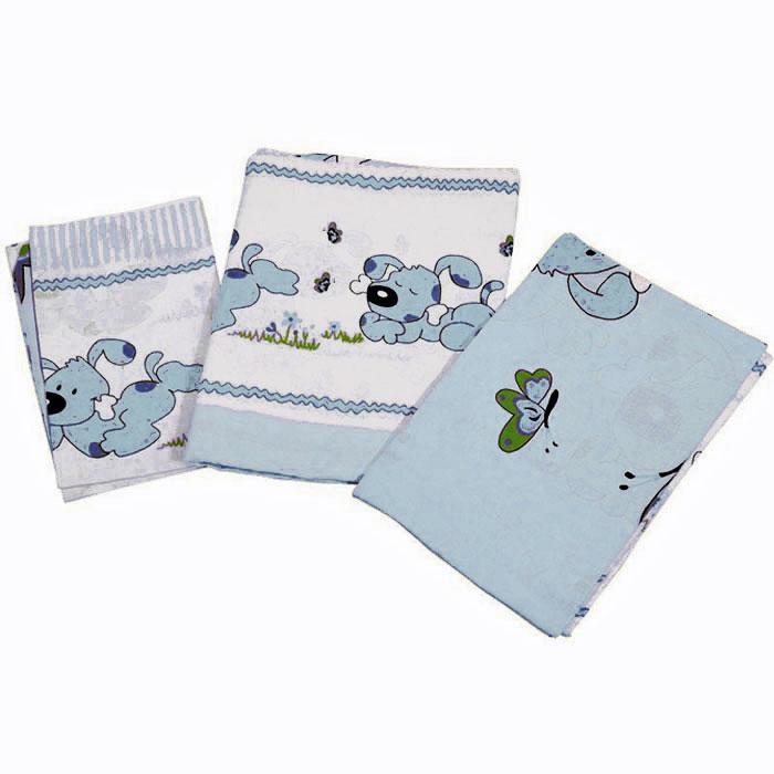 Топотушки Комплект белья для новорожденных Дружок цвет голубой 3 предмета4630008870662Комплект белья для новорожденных Топотушки Дружок выполнен в нежных тонах и украшен забавным рисунком. Комплект белья Дружок создаст комфорт и уют в кроватке малыша и обеспечит крепкий и здоровый сон, а современный дизайн и цветовые сочетания помогут ребенку адаптироваться в новом для него мире. Комплект белья для новорожденных Топотушки Дружок хорошо впишется в интерьер как детской комнаты, так и спальни родителей. Цветовые и дизайнерские решения - плоды совместных трудов европейских дизайнеров и российских технологов - делают внешний вид комплекта роскошным и незабываемым. Качество материала обеспечивает легкость стирки и долговечность. Комплект включает в себя наволочку 60 см х 40 см, пододеяльник 146 см х 104 см, простыню на резинке 140 см х 95 см.