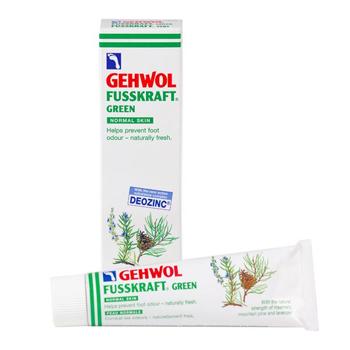 Gehwol Fusskraft Green - Зеленый бальзам для ног 75 мл1*10105Средство Зеленый бальзам Геволь Фусскрафт (Gehwol Fusskraft Grun) содержит уравновешивающие дезинфицирующие активные вещества, предотвращающие грибковые заболевания ног, появление ощущения зуда и возникновение шелушения между пальцами ног. Происходит нормализация процессов потоотделения и пресекается разложение выделяемого пота. Ноги будут оставаться свежими, без неприятного запаха, восстановится их эластичность. Производится из таких натуральных ингредиентов, как розмарин, горная сосна и лаванда. В средство Зеленый бальзам Геволь Фусскрафт включены натуральные эфирные масла, оживляющая кровообращение камфара и охлаждающий ментол, которые сразу же снимают ощущение жжения и облегчают боли в ногах. Ногам возвращаются прежние силы. Проверено по дерматологическим показателям. Благоприятно применение при заболевании диабетом. Назначение: Придаёт ногам свежесть, мягкость и избавляет от неприятного запаха. Нормализует потоотделение. Разложение уже выделенного пота прекращается. Натуральные...
