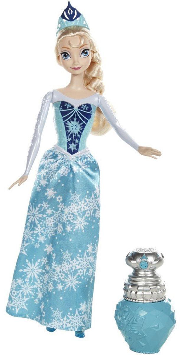 Disney Frozen Кукла Эльза в королевском нарядеBDK31_BDK33Кукла Disney Frozen Эльза в платье с длинными рукавами, меняющем цвет, поразит вашу маленькую принцессу. Очаровательная кукла Эльза выглядит в точности как полюбившаяся многим героиня диснеевского мультфильма Холодное сердце. На принцессе потрясающей красоты голубое платье с длинными рукавами и блестящей юбкой с узором снежинками, изящная тиара и красивые синие туфельки. У платья Эльзы имеется один секрет - оно может менять свой цвет! В набор входит специальная бутылочка-брызгалка, в которую необходимо налить чистой воды, чтобы совершилось волшебное превращение. Если побрызгать этой водичкой на верхнюю часть платья Эльзы, то на голубом корсете принцессы проступит темно-синий узор, и наряд приобретет совершенно другой внешний вид. Порадуйте свою малышку таким замечательным подарком!