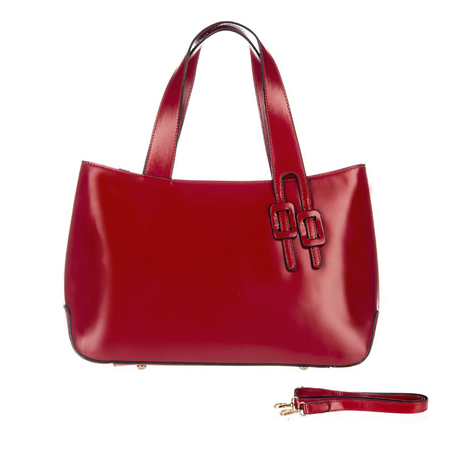 Сумка женская Orsa Oro, цвет: красный. D-127/13D-127/13Стильная женская сумка Orsa Oro выполнена из искусственной кожи, оформлена металлической фурнитурой. Изделие содержит три отделения, два из которых закрывается на магнитные кнопки, а третье на застежку-молнию. Внутри расположены два накладных кармашка для мелочей, карман-средник на молнии и врезной карман на молнии. Снаружи, на задней стороне сумки, расположен врезной карман на молнии. Сумка оснащена удобными ручками и съемным плечевым ремнем регулируемой длины. Дно сумки дополнено металлическими ножками, которые защитят изделие от преждевременных повреждений. Оригинальный аксессуар позволит вам завершить образ и быть неотразимой.