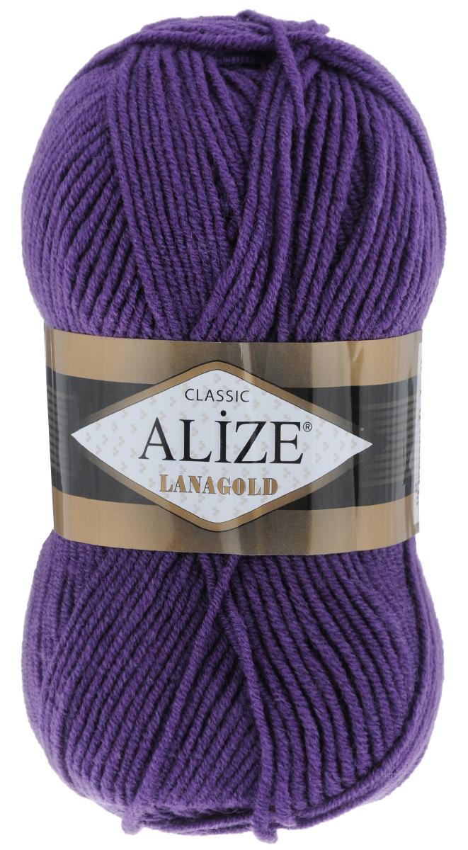 Пряжа для вязания Alize Lanagold, цвет: темно-фиолетовый (44), 240 м, 100 г, 5 шт364095_44Alize Lanagold - это полушерстяная пряжа для ручного вязания. Нить плотно скручена, гибкая, послушная, не пушится, не электризуется, аккуратно ложится в петли и не деформируется после распускания. Стойкое равномерное окрашивание обеспечивает широкую палитру оттенков. Соотношение шерсти и акрила - формула практичности. Высокие тепловые характеристики сочетаются с эстетикой, носкостью и простотой ухода за вещью. Классическая пряжа для зимнего сезона, может использоваться для детской и взрослой одежды. Alize Lanagold - универсальная пряжа, которая будет хорошо смотреться в узорах любой сложности. Рекомендуемый размер спиц 4-6 мм. Состав: 49% шерсть, 51% акрил.