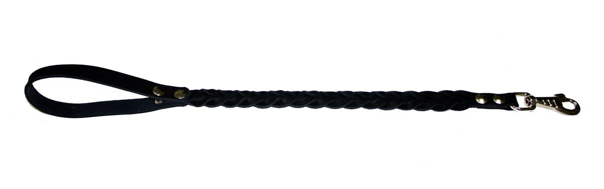 Водилка для собак Аркон Плетеная, цвет: черный, ширина 2 см, длина 60 смв16пчВодилка для собак Аркон Плетеная изготовлена из высококачественной натуральной кожи. Карабин выполнен из сверхпрочного металла. Водилка - это короткий поводок, состоящий из одной ручки с петлей и мощного карабина. Этот поводок используется для ведения большой собаки рядом. Изделие отличается не только исключительной надежностью и удобством, но и привлекательным современным дизайном. Длина водилки: 60 см. Ширина водилки: 2 см.
