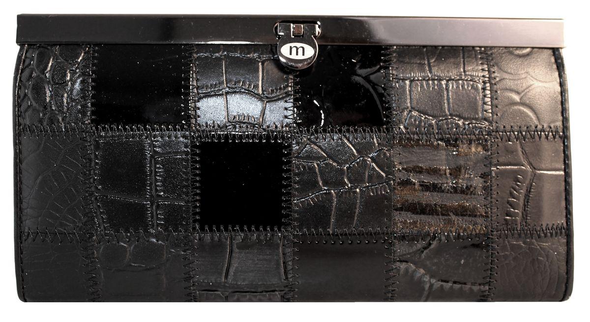 Кошелек женский Malgrado, цвет: черный. 73003A-239A73003A-239AЭлегантный кошелек Malgrado изготовлен из высококачественной натуральной кожи с декоративным фактурным тиснением, оформлен металлической фурнитурой. Изделие содержит одно отделение, закрывающееся на замок-защелку. Внутри расположены: четыре отделения для купюр, карман для мелочи на застежке-молнии, два кармана для мелких документов, четыре кармашка для визиток и кредитных карт, два кармашка с прозрачными вставками. Изделие упаковано в фирменную металлическую коробку. Стильный кошелек не оставит равнодушной ни одну представительницу прекрасной половины человечества.
