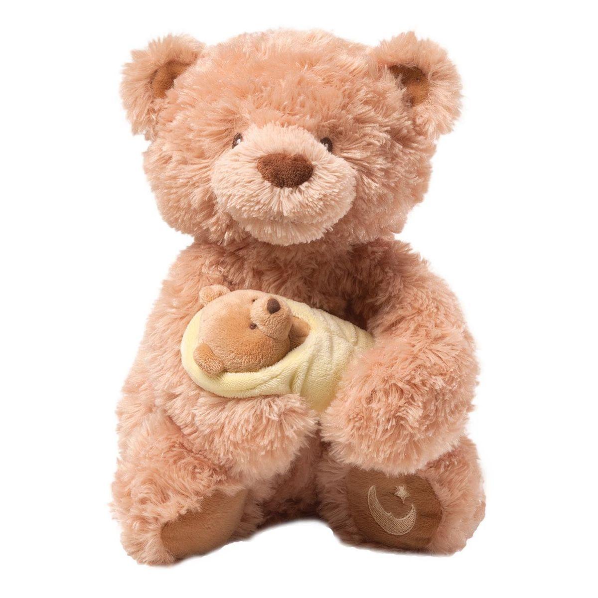 Gund Мягкая игрушка Rock-a-Bye Baby Bear4036002Милые, мягкие и безопасные, игрушки фирмы Gund отличаются реалистичным внешним видом, напоминающим настоящего питомца. Только посмотрите на эту милую мордашку, которая так приветливо смотрит на вас. Разве можно устоять перед её обаянием? Конечно нет, да и не нужно! Такая игрушка вызывает умиление не только у детей , но и у взрослых. Поэтому она станет отличным подарком не только ребёнку, но и друзьям!