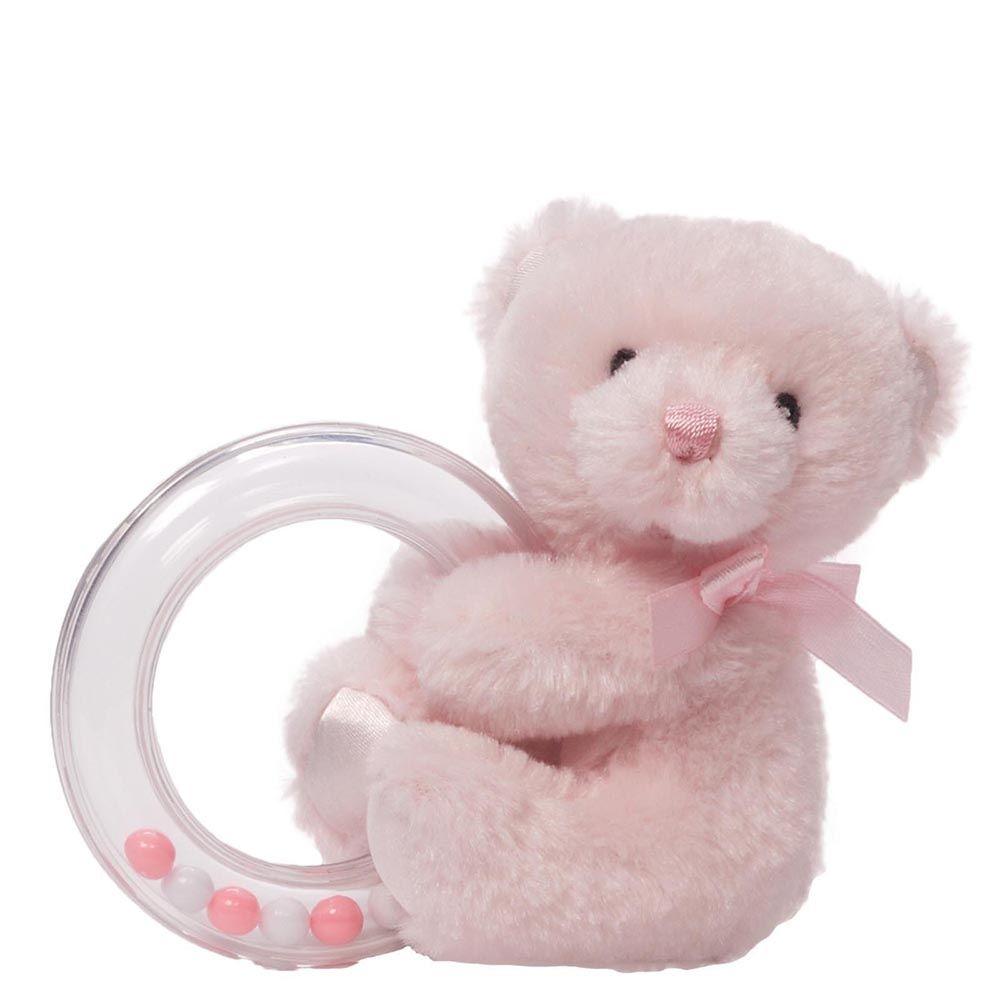 Gund Мягкая игрушка My First Teddy Rattle Pink4043989Милые, мягкие и безопасные, игрушки фирмы Gund отличаются реалистичным внешним видом, напоминающим настоящего питомца. Только посмотрите на эту милую мордашку, которая так приветливо смотрит на вас. Разве можно устоять перед её обаянием? Конечно нет, да и не нужно! Такая игрушка вызывает умиление не только у детей , но и у взрослых. Поэтому она станет отличным подарком не только ребёнку, но и друзьям!