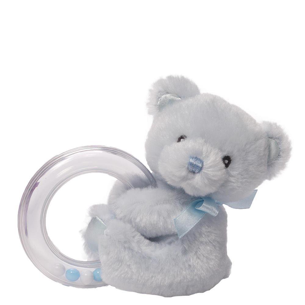 Gund Мягкая игрушка My First Teddy Rattle Blue4043990Милые, мягкие и безопасные, игрушки фирмы Gund отличаются реалистичным внешним видом, напоминающим настоящего питомца. Только посмотрите на эту милую мордашку, которая так приветливо смотрит на вас. Разве можно устоять перед её обаянием? Конечно нет, да и не нужно! Такая игрушка вызывает умиление не только у детей , но и у взрослых. Поэтому она станет отличным подарком не только ребёнку, но и друзьям!