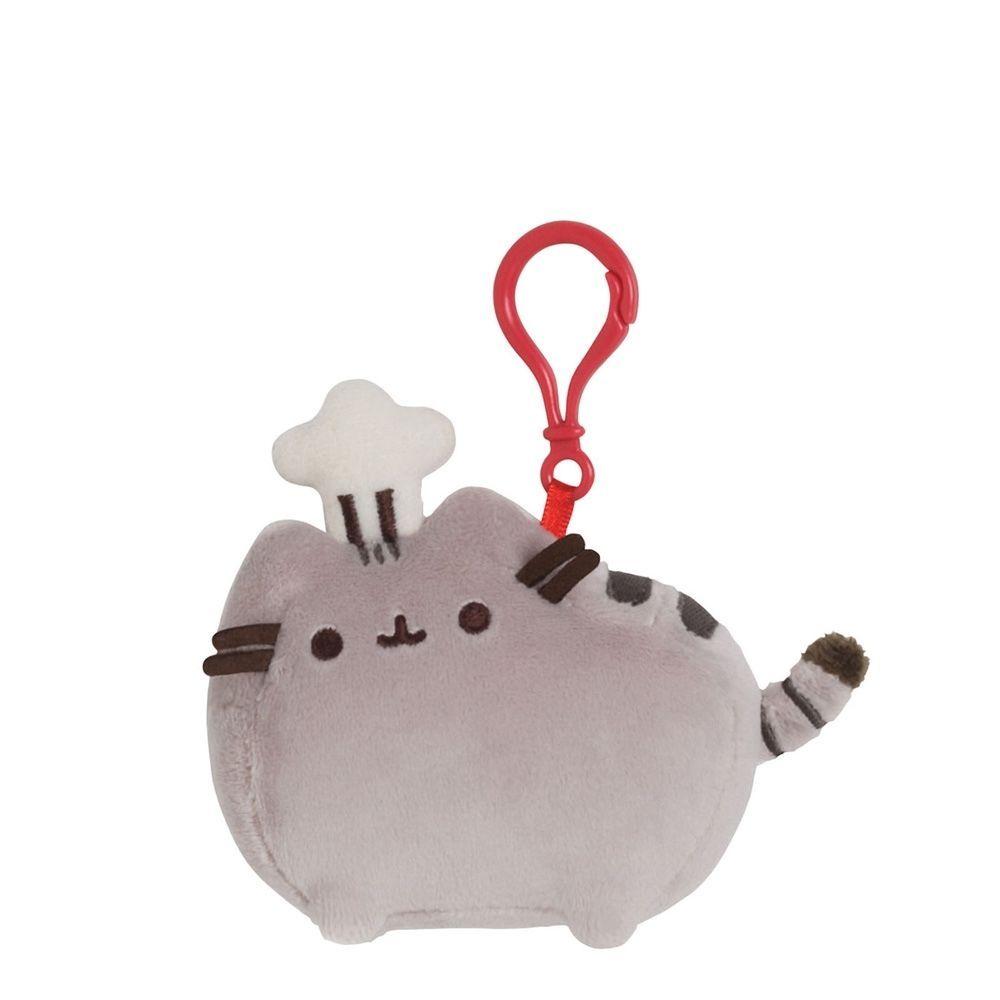 Gund Мягкая игрушка Pusheen Backpack Clip Chef Hat4048885Милые, мягкие и безопасные, игрушки фирмы Gund отличаются реалистичным внешним видом, напоминающим настоящего питомца. Только посмотрите на эту милую мордашку, которая так приветливо смотрит на вас. Разве можно устоять перед её обаянием? Конечно нет, да и не нужно! Такая игрушка вызывает умиление не только у детей , но и у взрослых. Поэтому она станет отличным подарком не только ребёнку, но и друзьям!