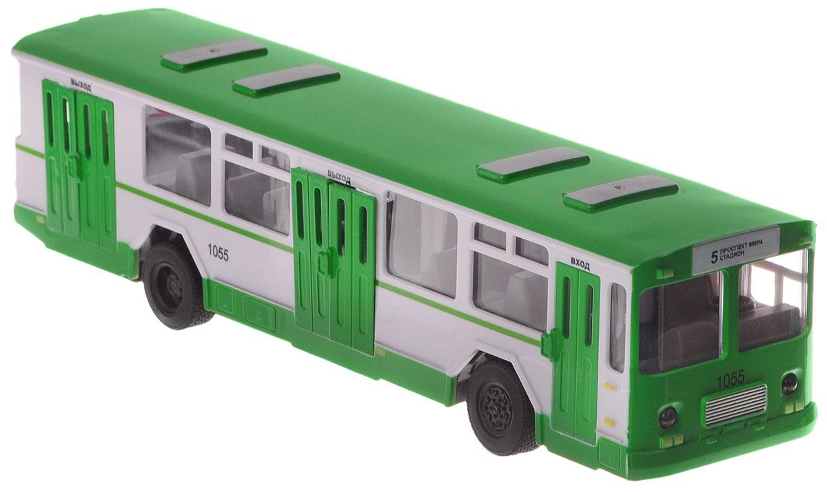 ТехноПарк Автобус на радиоуправленииBUS-RCАвтобус на радиоуправлении ТехноПарк, выполненный из безопасных материалов, станет любимой игрушкой вашего малыша. Изделие представляет собой модель городского рейсового автобуса. Дверцы салона открываются. Движение автобуса: вперед-назад, влево-вправо. Имеет звуковые и световые эффекты. Ваш ребенок будет часами играть с этой игрушкой, придумывая различные истории. Порадуйте его таким замечательным подарком! Необходимо купить 2 батарейки типа АА для пульта управления и 3 батарейки типа ААА для автобуса (не входят в комплект).