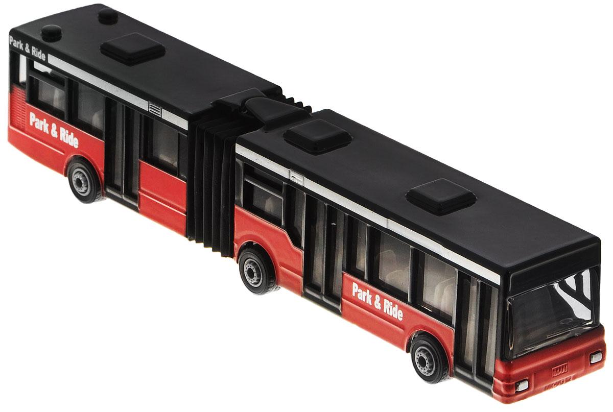 Siku Автобус-гармошка Park & Ride1617Автобус-гармошка Siku Park & Ride выполнен в виде городского автобуса-гармошки. Такая модель понравится не только ребенку, но и взрослому коллекционеру, и приятно удивит вас высочайшим качеством исполнения. Корпус выполнен из металла и пластика - качественных и прочных материалов. Прорезиненные колеса крутятся. Секции автобуса соединены гармошкой и могут перемещаться. Автобус-гармошка Siku Park & Ride станет не только интересной игрушкой для ребенка, но и займет достойное место в коллекции. Порадуйте его таким замечательным подарком!