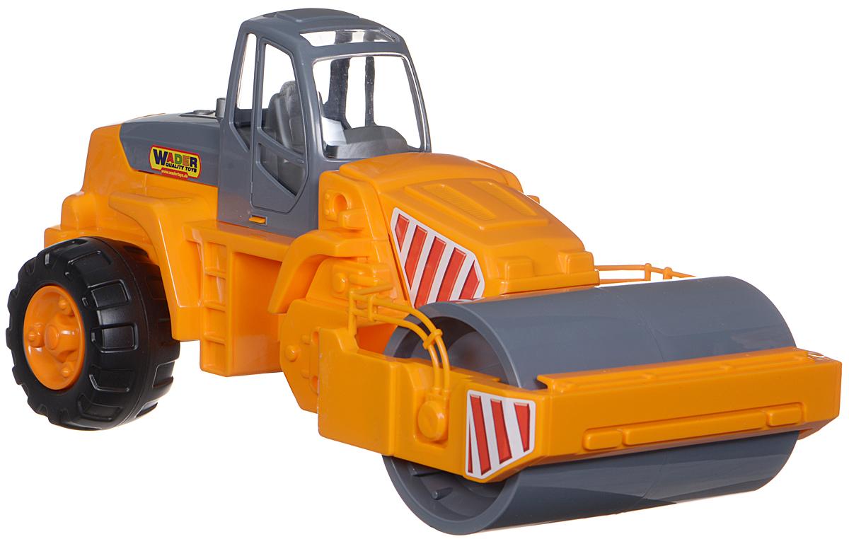 Полесье Каток дорожный цвет оранжевыйП-8909Яркий дорожный каток Полесье, изготовленный из прочного безопасного материала, отлично подойдет ребенку для различных игр. Каток оснащен большим вальцем, с помощью которого можно утрамбовывать песок. Колеса с протекторами оснащены свободным ходом, что обеспечивает игрушке устойчивость и хорошую проходимость. Ваш юный строитель сможет прекрасно провести время дома или на улице, воспроизводя свою стройку.