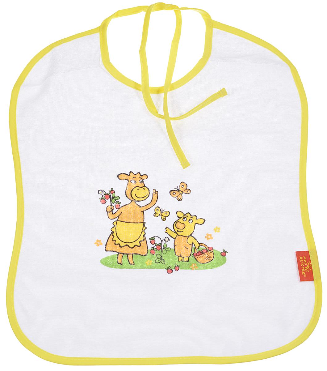 Мир детства Слюнявчик Коровкины истории цвет желтый15032_желтыйСлюнявчик Мир детства  - незаменимый атрибут в уходе за вашим малышом. Нагрудник предназначен для малыша от 6 месяцев до 3 лет. Слюнявчик оформлен забавным изображением. Лицевая сторона изготовлена из мягкой ткани, подкладка - из непромокаемого материала, благодаря которому одежда вашего малыша будет оставаться сухой и чистой. С помощью завязок слюнявчик фиксируется на шее ребенка. Уход: стирка в теплой воде с мылом, мыльным порошком или специальной эмульсией для стирки детских вещей.