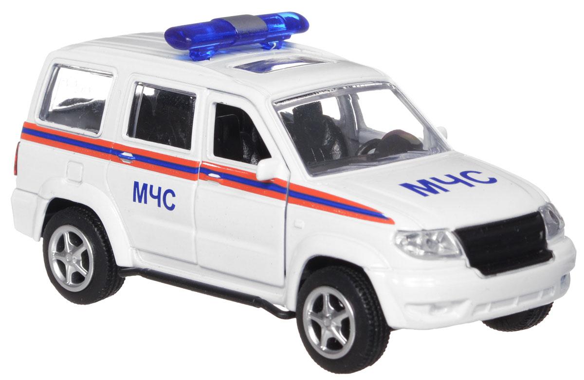 ТехноПарк Модель автомобиля УАЗ Патриот МЧСX600-H09026-RМодель автомобиля ТехноПарк УАЗ Патриот: МЧС, выполненная из металла, пластика и резины, станет любимой игрушкой вашего малыша. Игрушка представляет собой модель автомобиля МЧС УАЗ Патриот в масштабе 1:50. Передние дверцы модели открываются, а прорезиненные колеса обеспечивают надежное сцепление с любой поверхностью пола. Модель оснащена инерционным ходом: достаточно немного отвести ее назад, а затем отпустить - машинка быстро поедет вперед. Ваш ребенок будет часами играть с этой машинкой, придумывая различные истории. Порадуйте его таким замечательным подарком!
