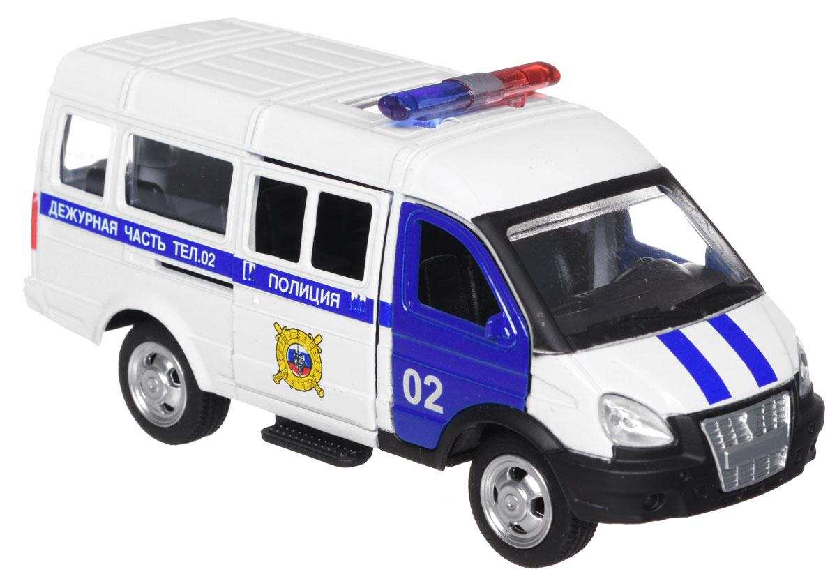 ТехноПарк Модель автомобиля Газель ПолицияX600-H09035-RМодель автомобиля ТехноПарк Газель Полиция, выполненная из металла, пластика и резины, станет любимой игрушкой вашего малыша. Игрушка представляет собой модель полицейского автомобиля Газель в масштабе 1:50. Передние и боковая дверцы модели открываются, а прорезиненные колеса обеспечивают надежное сцепление с любой поверхностью пола. Модель оснащена инерционным ходом: достаточно немного отвести ее назад, а затем отпустить - машинка быстро поедет вперед. Ваш ребенок будет часами играть с этой машинкой, придумывая различные истории. Порадуйте его таким замечательным подарком!