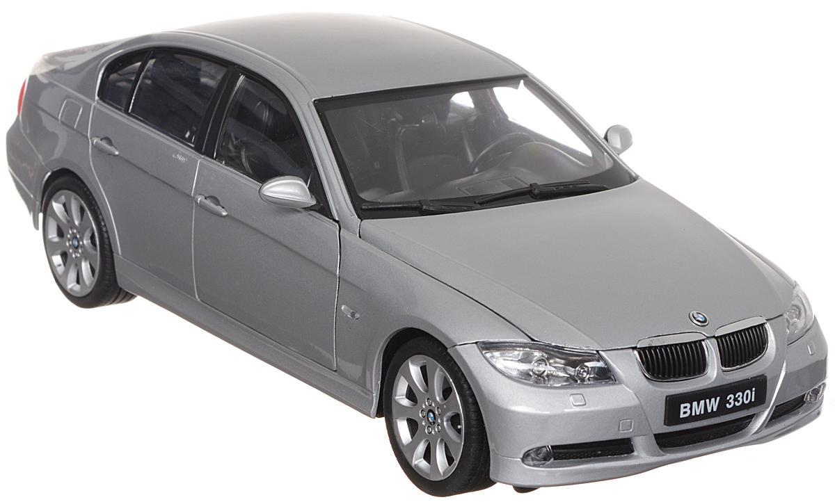 Welly Модель автомобиля BMW 330i12561Стильная модель автомобиля BMW 330i привлечет внимание не только ребенка, но и взрослого. Модель является точной уменьшенной копией известного автомобиля, у нее открываются передние двери, а также поднимаются капот и багажник. Колеса машинки поворачиваются вместе с рулем. Корпус машинки выполнен из металла, а шины из настоящей резины. Такая модель станет отличным подарком не только любителю автомобилей, но и человеку, ценящему оригинальность и изысканность, а качество исполнения представит такой подарок в самом лучшем свете. Характеристики: Размер модели: 25 см х 12 см х 7 см. Материал: пластик, металл, резина. Размер упаковки: 33 см х 16 см x 13 см. Уважаемые клиенты! Обращаем ваше внимание на возможные варьирования в цветовом дизайне товара. Поставка возможна в зависимости от наличия на складе.