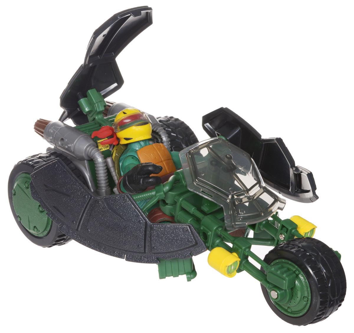 Черепашки Ниндзя Мотоцикл Стелс с фигуркой94001Мотоцикл Черепашки Ниндзя Стелс непременно понравится вашему ребенку и надолго займет его внимание. В комплект входит мотоцикл Черепашек-ниндзя Стелс (Невидимка), фигурка в виде Рафаэля - персонажа команды TMNT и 2 меча. Мотоцикл с тремя вращающимися колесами трансформируется из невидимого режима в боевой одним нажатием на панцирь. Фигурка имеет шарнирное устройство конечностей, что позволяет фиксировать ее в нужном положении. На мотоцикл можно посадить любого участника команды TMNT. Ваш ребенок с удовольствием будет играть с мотоциклом, придумывая различные истории. Порадуйте его таким замечательным подарком!