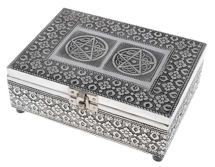 Шкатулка для драгоценностей. Металл, серебрение, гравировка. Индия, 1980-е гг.