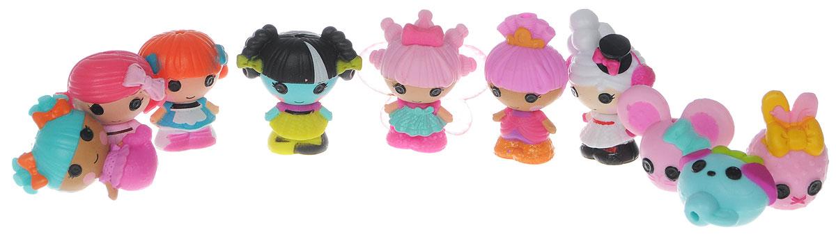 Lalaloopsy Набор фигурок Малютки Series 2 цвет светло-коричневый529514_светло-коричневыйНабор фигурок Lalaloopsy Малютки. Series 2 приведет в восторг любую маленькую поклонницу знаменитых куколок Lalaloopsy. Набор включает в себя 7 маленьких фигурок куколок Lalaloopsy и 3 фигурки их питомцев. Фигурки выполнены из прочного пластика. Любимые персонажи Lalaloopsy стали совсем крошечными! Впервые в истории - крошечные малышки Lalaloopsy! Каждый персонаж уникален. Соберите коллекцию из уникальных куколок. Каждая из них размером с пуговку! Очаровательные фигурки-куколки непременно понравятся вашей дочурке и помогут ей погрузиться в сказочный мир волшебства и дружбы. Ваша малышка сможет часами играть с ним, придумывая различные истории. Порадуйте ее таким замечательным подарком!