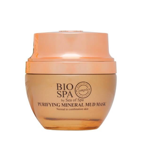 Sea of Spa Маска очищающая грязевая с оливковым маслом и водорослью, 50 мл6330- очищает поверхность кожи от омертвевших клеток, а поры от глубоких загрязнений и сальных пробок; - уменьшает воспалительные процессы, заживляет ранки и стирает следы от прыщиков; - содержит полезные масла и жирные кислоты в большой концентрации, благодаря чему заметно смягчает кожу; - матирует и выравнивает тон лица. При регулярном применении маски 2 раза в неделю налаживается работа сальных желез, благодаря чему заметно минимизируется жирный блеск и количествовоспалений, матовый оттенок сохраняется в течение всего дня!