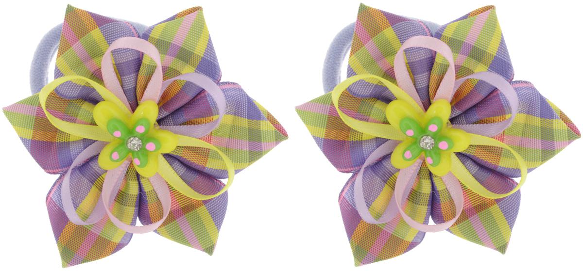 Babys Joy Резинка для волос Цветок в клетку цвет фиолетовый желтый 2 штMN 137/2_желтый, зеленый, фиолетовый, розовыйРезинка для волос Babys Joy выполнена в виде текстильного цветка в клеточку, дополненного цветными лентами и пластиковым декоративным элементом со стразой. Резинка позволит не только убрать непослушные волосы с лица, но и придать образу романтичности и очарования. Резинка для волос Babys Joy подчеркнет уникальность вашей маленькой модницы и станет прекрасным дополнением к ее неповторимому стилю. В комплекте 2 резинки.