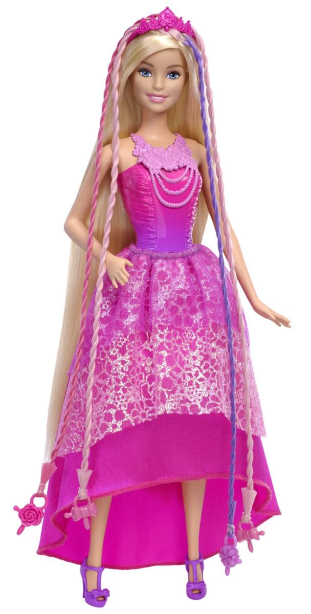 Barbie Кукла Роскошные волосыDKB62Парикмахерский сюжет с куклой Barbie закручивается все интереснее! Роскошные волосы длиной почти в 20 сантиметров и удобное устройство для плетения - все, что нужно, чтобы соорудить кукле потрясающую прическу! В розово-фиолетовых волосах куклы Барби есть четыре пряди с яркими бусинами. Вставьте две или три бусины в устройство для плетения, нажмите кнопку, и прядки будут мгновенно заплетены - весело, выразительно и красиво! Еще больше простора для творчества добавляют аксессуары: расческа для волос, диадема и три заколки. Заколки подойдут не только кукле, но и хозяйке! Причесывайте Барби, как потребует сюжет, а после игры расчесывайте и пробуйте другие варианты. На Барби розовое платье с блестками и ожерельем, лиф, двухслойная юбка со шлейфом и блестящей подкладкой и туфельки в том же стиле. Игры с куклой способствуют эмоциональному развитию ребенка, а также помогают формировать воображение и художественный вкус. Малышка проведет множество счастливых часов, играя с...