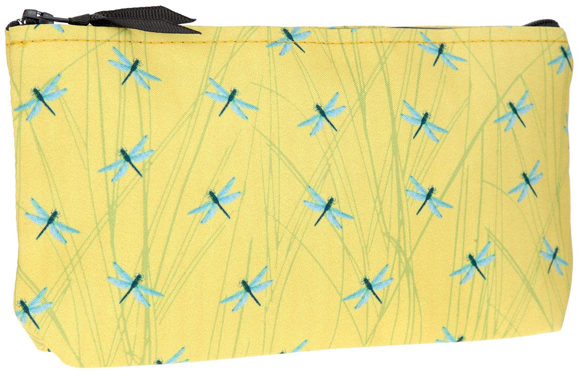 Косметичка ОРЗ-Дизайн Стрекозы, цвет: желтый. Орз-0352Орз-0352Косметичка ОРЗ-Дизайн Стрекозы выполнена из текстиля и оформлена оригинальным авторским принтом. Изделие содержит одно основное отделение, которое закрывается на застежку-молнию. Женская косметичка - это стильный и полезный аксессуар для любой современной модницы. В косметичке поместится вся необходимая косметика, а благодаря компактным размерам ее всегда можно носить с собой в сумочке.