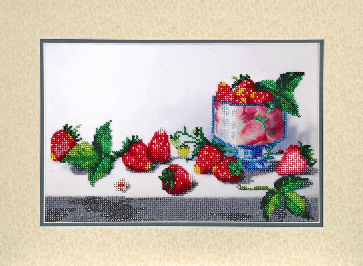 Набор для вышивания бисером Hobby & Pro Клубника, 30 x 20 см581868