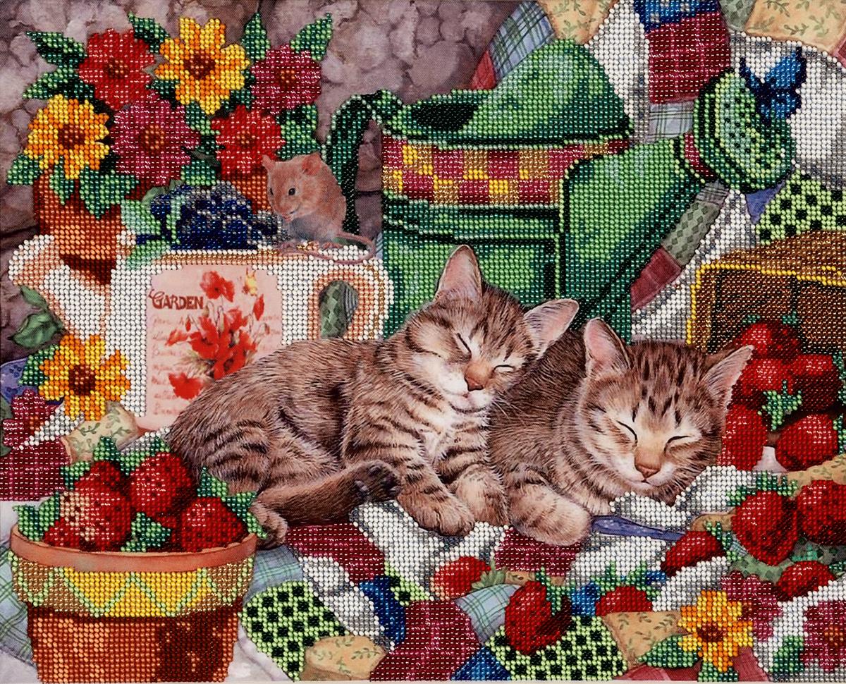 Набор для вышивания бисером Hobby & Pro Клубнично-черничный сон, 37 x 30 см7714132