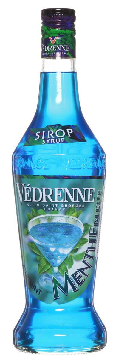 Vedrenne Голубая Мята сироп, 0,7 лSVDRMB-070B01Сироп Vedrenne Голубая мята - придется по душе всем любителям освежающих сиропов. На создание этого лакомства производителей вдохновила мексиканская синяя мята или, по-другому лофант. Растение произрастает не только в Мексике, но и в средней полосе и отличается своими яркими сиренево-голубыми цветочками и зелеными лепестками. Сироп Голубая мята будет хорошим дополнением к лимонаду, газированной воде, фруктовому соку, чаю, компоту и даже кофе. Аппетитная консистенция добавит изысканные нотки в любой напиток. Сироп Голубая мята активно используется и в кулинарии, например, им поливают пирожные и торты, добавляют в выпечку и блинчики. Благодаря ему блюда приобретают освежающий вкус с нюансами холодного ментола. Сиропы Vedrenne изготавливаются на основе натурального растительного сырья, фруктовых и ягодных соков прямого отжима, цитрусовых настоев, а также с использованием очищенной воды без вредных примесей, что позволяет выдержать...