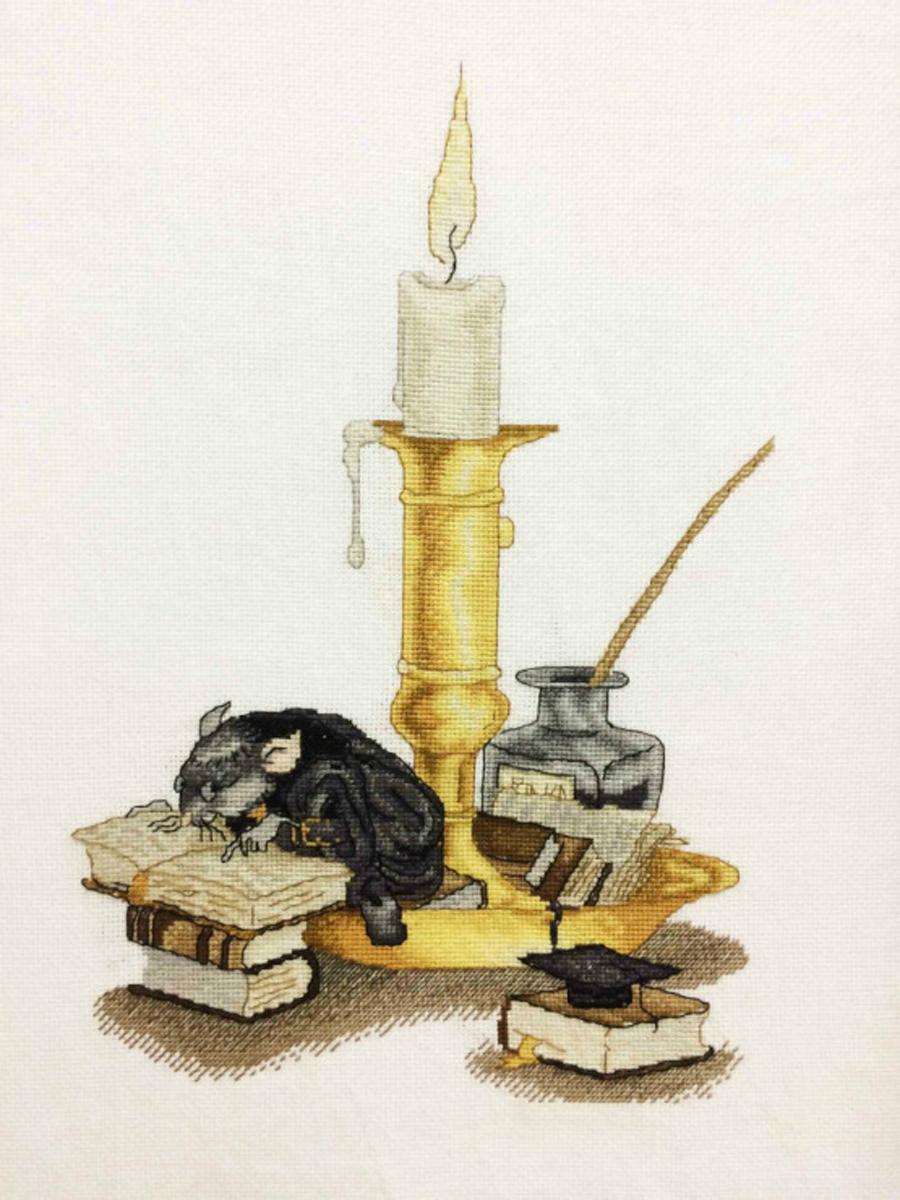 Набор для вышивания крестом Alisena Мышка с книгой, 20 x 31 см549779Набор для вышивания крестом Alisena Мышка с книгой поможет вам создать свой личный шедевр - красивую картину, вышитую нитками. Красивый и стильный рисунок-вышивка, выполненный на канве, выглядит оригинально и всегда модно. Работа, сделанная своими руками, создаст особый уют и атмосферу в доме и долгие годы будет радовать вас и ваших близких. В наборе есть все необходимое для создания вышивки на канве в технике счетный крест. В набор входит: - канва Aida Zweigart №16 (белого цвета), - мулине Anchor (26 цветов), - цветная символьная схема, - инструкция на русском языке, - игла. Размер готовой работы: 20 х 31 см. Размер канвы: 34 х 45 см.
