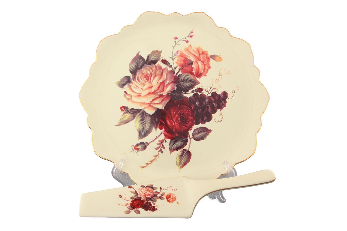 Набор для торта Elan Gallery Бархатный нектар, 2 предмета801150Набор для торта Elan Gallery Бархатный нектар состоит из блюда и лопатки. Изделия выполнены из керамики и оформлены изящным рисунком. Набор идеален для подачи тортов, пирогов и другой выпечки. Яркий дизайн сделает набор изысканным украшением праздничного стола. Не рекомендуется использовать в микроволновой печи. Диаметр блюда: 27 см. Высота блюда: 2,5 см. Длина лопатки: 25,5 см.