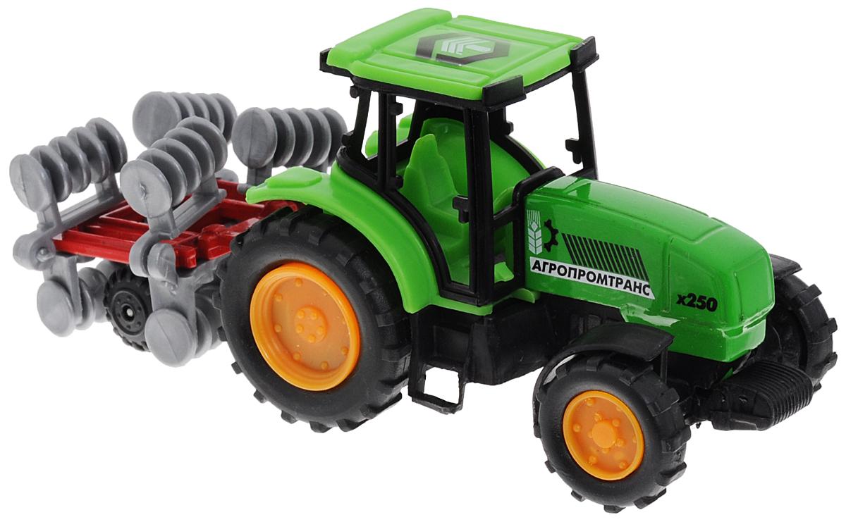 ТехноПарк Трактор с прицепом цвет зеленый20219-RТрактор с прицепом ТехноПарк, изготовленный из прочного и безопасного материала, станет любимой игрушкой вашего малыша. Игрушка представляет собой модель трактора зеленого цвета и прицеп серо-красного цвета. Прицеп может с легкостью отсоединяться от трактора. Трактор отлично подойдет для игр ребенка дома, или на свежем воздухе. Ребристые колеса трактора обеспечивают прочное сцепление с дорогой, не давая скользить технике по полу.