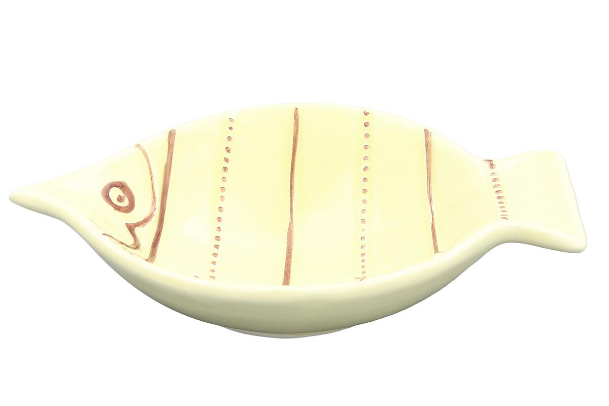 Салатник Elan Gallery Рыбка, цвет: желтый, 18 х 13,5 х 4,5 см110745Салатник Elan Gallery Рыбка, выполненный из высококачественной керамики, освежит вашу сервировку среди традиционной посуды. Салатник Elan Gallery Рыбка подарит настроение и уют, привнесет разнообразие в приготовление ваших любимых блюд. Не подходит для использования в микроволновой печи. Размер салатника (по верхнему краю): 18 см х 13,5 см. Высота: 4,5 см.
