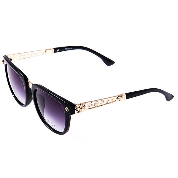 Солнцезащитные очки женские Selena, цвет: черный, золотой. 8002952180029521Солнцезащитные женские очки Selena выполнены из высококачественного пластика с элементами из металла, дужки оформлены декоративными элементами. Линзы данных очков с высокоэффективным фильтром UV-400 Protection обеспечивают полную защиту от ультрафиолетовых лучей. Используемый пластик не искажает изображение, не подвержен нагреванию и вредному воздействию солнечных лучей. Такие очки защитят глаза от ультрафиолетовых лучей, подчеркнут вашу индивидуальность и сделают ваш образ завершенным.