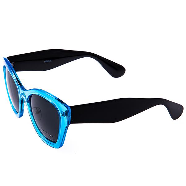 Солнцезащитные очки женские Selena, цвет: голубой, черный. 8003129180031291Солнцезащитные женские очки Selena выполнены из высококачественного пластика с элементами из металла, оправа выполнена в ярком цвете. Линзы данных очков с высокоэффективным фильтром UV-400 Protection обеспечивают полную защиту от ультрафиолетовых лучей. Используемый пластик не искажает изображение, не подвержен нагреванию и вредному воздействию солнечных лучей. Такие очки защитят глаза от ультрафиолетовых лучей, подчеркнут вашу индивидуальность и сделают ваш образ завершенным.