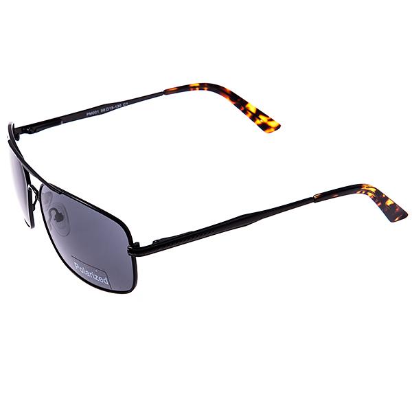 Солнцезащитные очки Selena, цвет: черный. 8003176180031761Универсальные солнцезащитные очки Selena выполнены из металла с элементами из высококачественного пластика. Линзы данных очков с высокоэффективным поляризованным покрытием блокируют слепящий эффект и обеспечивают полную защиту от ультрафиолетовых лучей. Используемый пластик не искажает изображение, не подвержен нагреванию и вредному воздействию солнечных лучей. Дужки дополнены покрытием из пластика, что обеспечит максимальный комфорт при использовании. Такие очки защитят глаза от ультрафиолетовых лучей, подчеркнут вашу индивидуальность и сделают ваш образ завершенным.