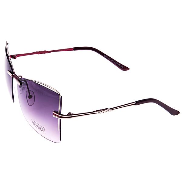 Солнцезащитные очки женские Selena, цвет: бордовый, серебряный. 8003248180032481Солнцезащитные женские очки Selena выполнены из металла с элементами из высококачественного пластика, дужки оформлены декоративными элементами. Линзы данных очков с высокоэффективным фильтром UV-400 Protection обеспечивают полную защиту от ультрафиолетовых лучей. Используемый пластик не искажает изображение, не подвержен нагреванию и вредному воздействию солнечных лучей. Такие очки защитят глаза от ультрафиолетовых лучей, подчеркнут вашу индивидуальность и сделают ваш образ завершенным.