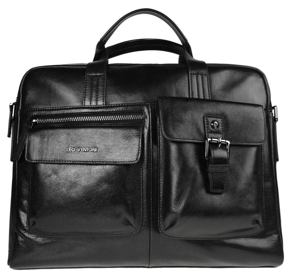 Сумка мужская Leo Ventoni, цвет: черный. 0300230003002300-neroСтильная мужская сумка Leo Ventoni выполнена из натуральной кожи и закрывается на металлическую застежку-молнию. Внутренняя часть изделия выполнена из текстиля и натуральной кожи. Отделение сумки содержит боковой мягкий карман с хлястиком на кнопке для планшета, врезной карман на пластиковой молнии, два нашивных кармана с шестью кармашками для визиток и кредитных карт, один прорезной карман, два держателя для шариковых ручек. На тыльной стороне прорезной карман на молнии. Лицевая сторона дополнена двумя накладными карманами с клапанами на магнитах, один из которых декорирован пряжкой, и врезным карманом на молнии. Сумка декорирована металлической надписью логотипа бренда. Изделие оснащено удобными ручками для переноски. Прилагаются наплечный ремень регулируемой длины и фирменный текстильный чехол для хранения. Функциональная мужская сумка Leo Ventoni станет стильным аксессуаром для делового мужчины.