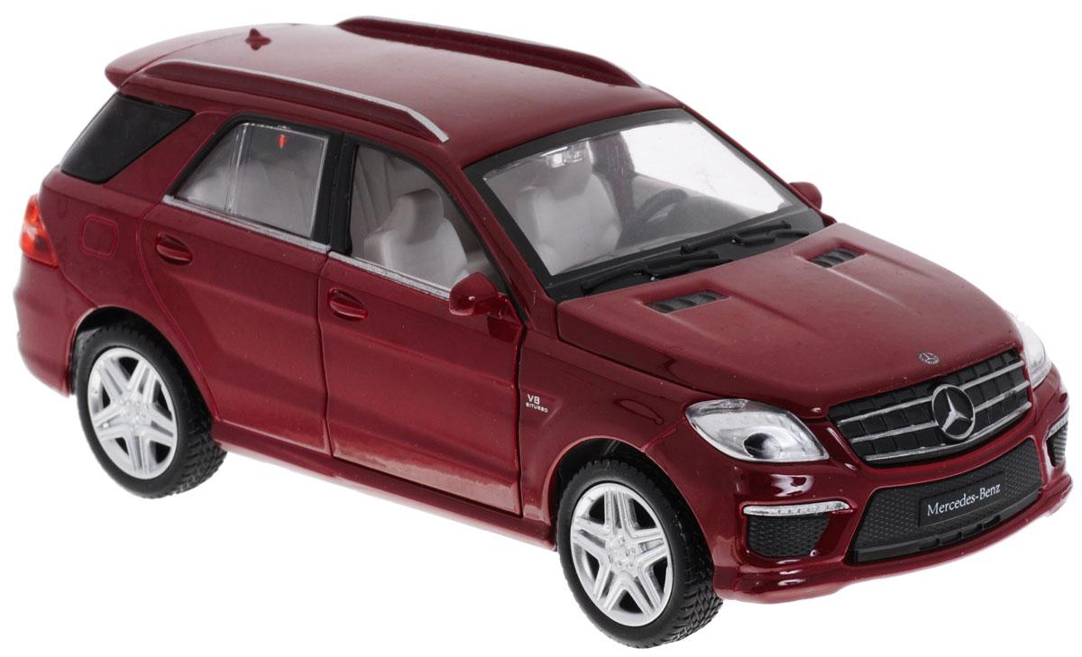 MSZ Модель автомобиля Mercedes-Benz ML 63 AMGCP-68339-RМодель автомобиля MSZ Mercedes-Benz ML 63 AMG - это точная копия оригинальной машины в масштабе 1:32. Выполненная из высококачественного металла и пластика, она обязательно понравится не только ребенку, но и взрослому. Игрушечная модель оснащена металлическим корпусом и подвижными колесами. Передние двери машинки, багажник и капот открываются. Модель дополнена световыми и звуковыми эффектами. Игрушка оснащена инерционным ходом. Для того чтобы автомобиль поехал вперед, необходимо его отвести назад, а затем резко отпустить. Прорезиненные колеса обеспечивают надежное сцепление с любой поверхностью пола. Машинка является отличным подарком для юного гонщика. Во время игры с такой машинкой, у ребенка развивается мелкая моторика рук, фантазия и воображение. Рекомендуется докупить 3 батарейки типа AG13 (товар комплектуется демонстрационными).