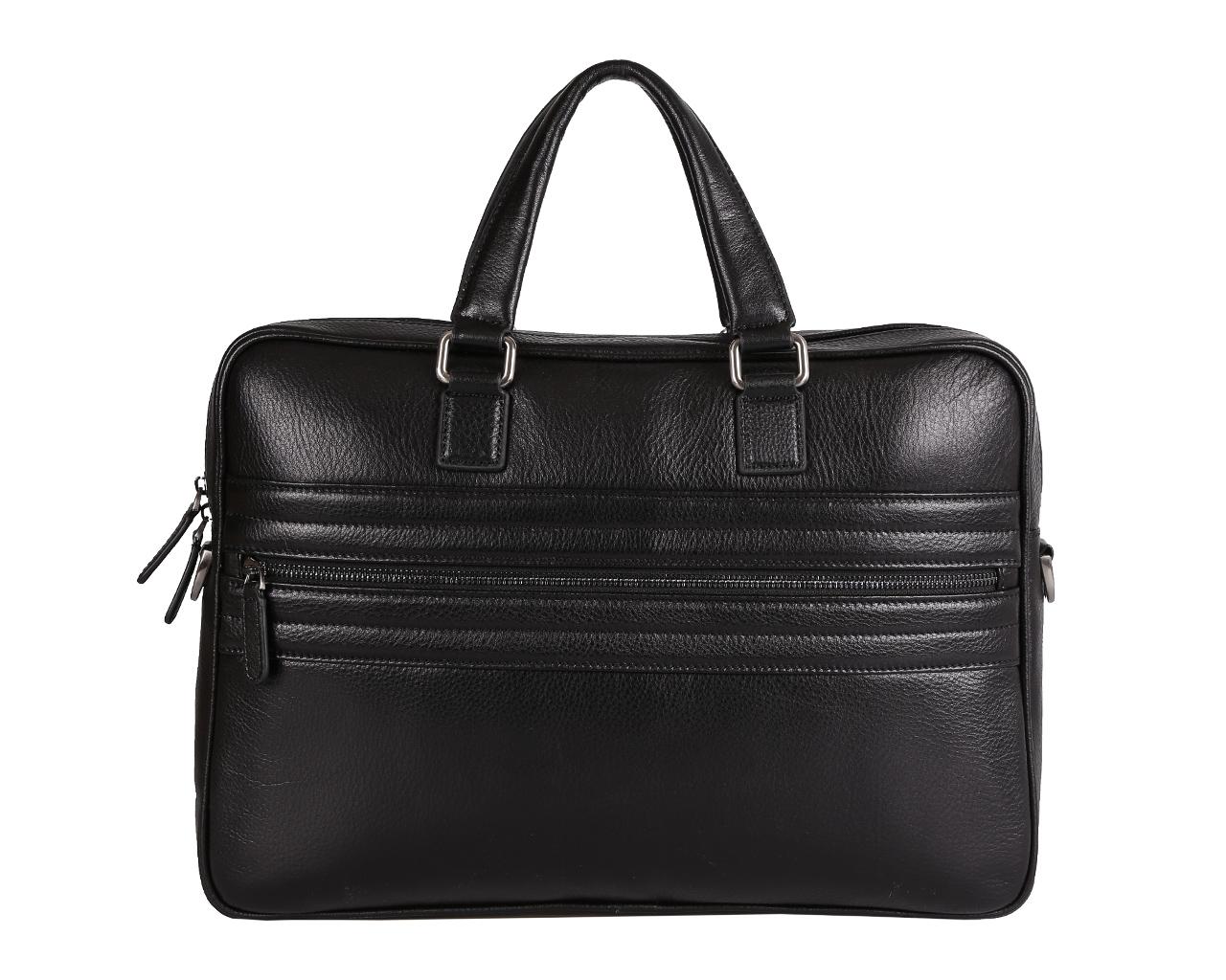Сумка мужская Fabretti, цвет: черный. 7106FAB7106FAB blackСтильная мужская сумка Fabretti выполнена из натуральной кожи зернистой фактуры и закрывается на металлическую застежку-молнию. Внутренняя часть изделия выполнена из текстиля и натуральной кожи. Отделение сумки содержит боковой мягкий карман и нашивной карман поменьше с хлястиком на липучке подходящий для планшета или документов, врезной карман на пластиковой молнии, два нашивных кармана для мелочей и телефона, два держателя для шариковых ручек. На тыльной стороне прорезной карман на молнии. Лицевая сторона дополнена прорезным карманом на молнии, декорированным нашивными прострочками. Сумка на боковой стороне декорирована тиснением логотипа бренда. Изделие оснащено удобными ручками для переноски. Прилагаются наплечный ремень регулируемой длины и фирменный текстильный чехол для хранения. Функциональная мужская сумка Fabretti станет стильным аксессуаром для делового мужчины.