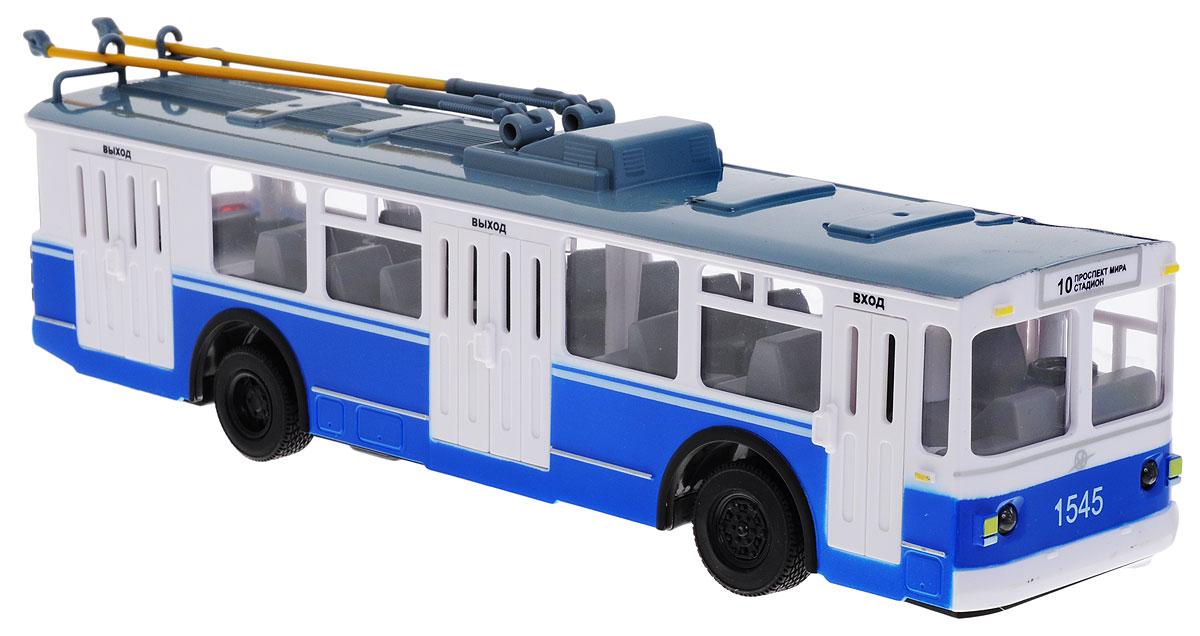 ТехноПарк Троллейбус на радиоуправленииTROL-RCТроллейбус на радиоуправлении ТехноПарк, выполненный из безопасных материалов, станет любимой игрушкой вашего малыша. Изделие представляет собой модель городского троллейбуса. У троллейбуса открываются двери, поднимаются и опускаются штанги токоприемника. Троллейбус движется вперед-назад, влево-вправо, горят фары и стоп-сигналы. Ваш ребенок будет часами играть с этой игрушкой, придумывая различные истории. Порадуйте его таким замечательным подарком! Необходимо купить 2 батарейки типа АА для пульта управления и 3 батарейки типа АА для троллейбуса (не входят в комплект).