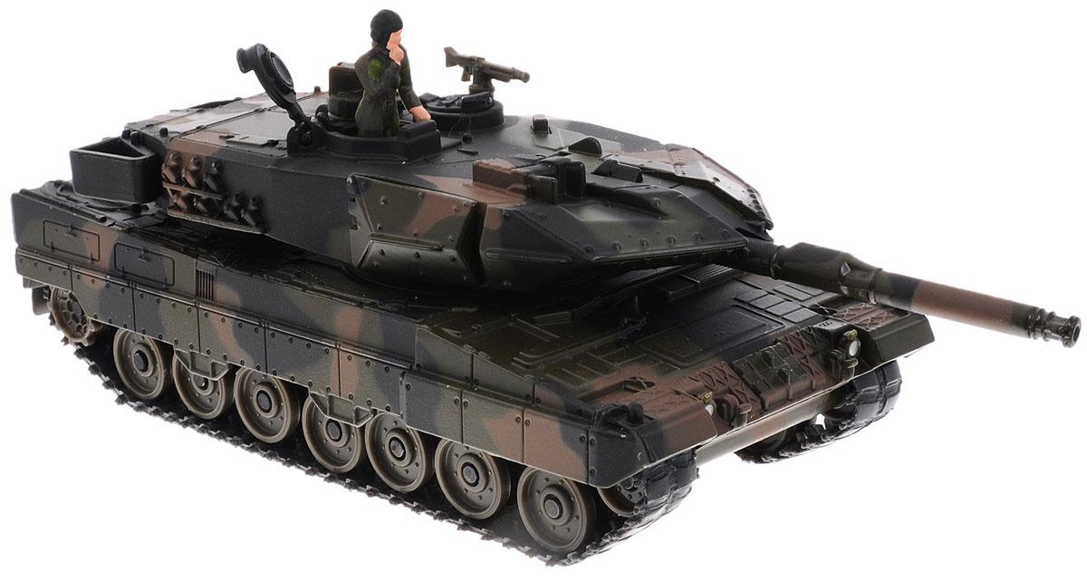 Siku Танк Leopard4913Танк Siku Leopard выполнен в виде точной копии танка в масштабе 1/50. Такая модель понравится не только ребенку, но и взрослому коллекционеру и приятно удивит вас высочайшим качеством исполнения. Корпус и башня выполнены из металла, башня танка вращается, дуло орудия опускается и поднимается, гусеницы выполнены из резины и подвижны. В комплект входит фигурка солдата. Танк Siku Leopard отличается великолепным качеством исполнения и детальной проработкой, он станет не только интересной игрушкой для ребенка, интересующегося военной техникой, но и займет достойное место в коллекции.