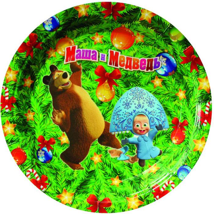 Маша и Медведь Тарелка бумажная Новый год 18 см 6 шт18767Одноразовая посуда прочно вошла в современную жизнь, и теперь многие люди просто не представляют без нее детский праздник или пикник: она почти невесома, не может разбиться и не нуждается в мытье. Изготовленные из бумаги, тарелки для праздника Новый Год! ТМ Маша и Медведь являются экологически чистыми, поэтому безопасны для здоровья. Благодаря глянцевому ламинированию они прекрасно справляются со своей задачей: удерживают еду, не промокают и не протекают. В набор входит 6 тарелок диаметром 18 см. В каждом наборе 2 дизайна, как на фотографии. В набор входит 10 тарелок диаметром 18 см. Также из данной серии вы можете выбрать бумажные стаканы, дудочки, язычки и колпачки. Товар сертифицирован. Упаковка – пакет с хедером.