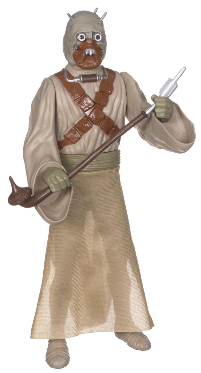 Star Wars Фигурка Тускен Райдер908060Фигурка Star Wars Тускен Райдер выполнена в виде персонажа фантастической киноэпопеи Звездные Войны. Примитивные кочевые племена Тускенов, населяющие Татуин, - одни из самых таинственных персонажей саги. Доподлинно известно, что они не имеют отношения к роду человеческому, на их одежду и обычаи сильно повлиял ареал обитания - безжизненная пустыня. Основная часть населения галактики считает их бездушными варварами. Игрушка изготовлена из качественного цветного пластика, имеет подвижные части: голова поворачивается, руки и ноги двигаются, вращаются кисти рук. Герой облачен в бежевую текстильную мантию. Фигурка понравится как детям, так и взрослым коллекционерам, она станет отличным сувениром, а также займет достойное место в коллекции любого поклонника знаменитой космической саги.